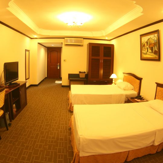 http://saomaihotel.vn/wp-content/uploads/2016/02/deluxe-room-chi-tiet-1-540x540.jpg