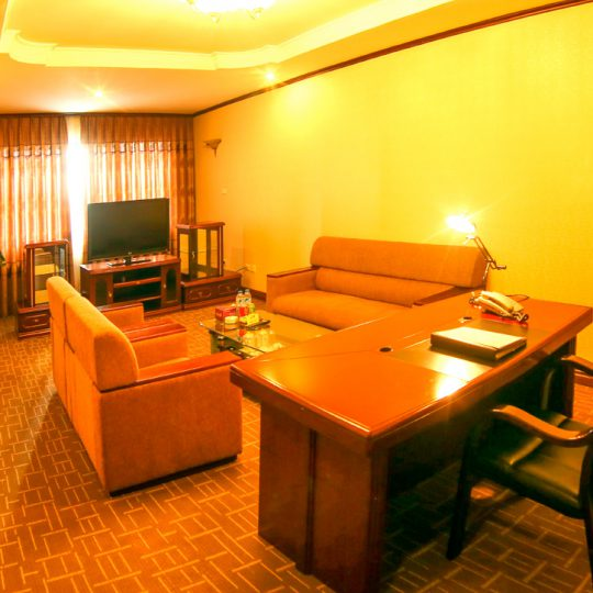https://saomaihotel.vn/wp-content/uploads/2016/08/special-room-chi-tiet-2-540x540.jpg